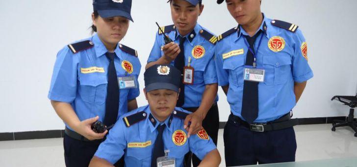 May đồng phục bảo vệ tại quận 7