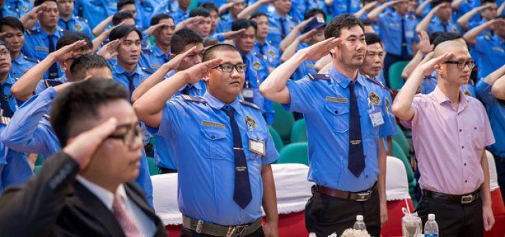 May đồng phục bảo vệ tại quận Tân Phú