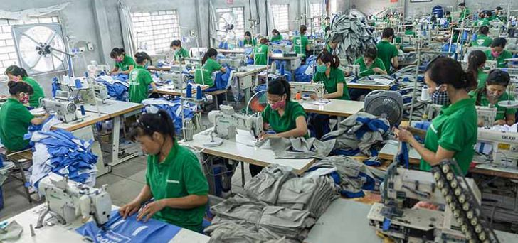 Xưởng may đồng phục áo thun giá rẻ tại Tân Uyên, Bình Dương