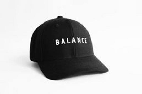 Nón kết đồng phục quảng cáo màu đen Balance