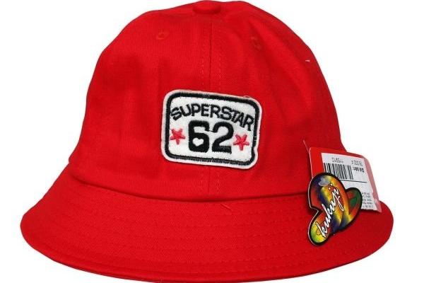 Đồng phục nón tai bèo màu đỏ Superstar